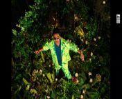 Anshul Garg Presents Desi Music Factory's 'Kanta Laga' featuring Tony Kakkar, Yo Yo Honey Singh & Neha Kakkar. <br/><br/>The song is written and composed by Tony Kakkar. Sung by Tony Kakkar , Yo Yo Honey Singh & Neha Kakkar. Directed by Mihir Gulati. <br/><br/>Kanta Laga Lyrics:<br/><br/><br/>Raja Tere Mahal Ke Peeche Peeche Peeche Peeche<br/>Haanji Tere Tere Bagheeche Neeche Neeche Kyon <br/>Kanta Laga Ooi maa,Ooi maa Ooi maa,Ooi maa,Ooi maa,Ooi maa oo<br/>Kanta Laga Ooi maa,Ooi maa Ooi maa,Ooi maa,Ooi maa,Ooi maa oo<br/>Kanta laga aye ,aye, aye ,aye ,aye ,aye ooh ohh<br/>Kanta laga aye ,aye, aye ,aye ,aye ,aye ooh ohh<br/><br/><br/>Rani Mere Mahal Ke Peeche Peeche Peeche Peeche<br/>Haanji Mere Mere Bagheeche Neeche Neeche hoon<br/>Kanta Laga Ooi maa,Ooi maa Ooi maa,Ooi maa,Ooi maa,Ooi maa oo<br/>Kanta Laga Ooi maa,Ooi maa Ooi maa,Ooi maa,Ooi maa,Ooi maa oo<br/>Kyonki sundar nari khadi thi kuwari akt matkari ooh ooh<br/>laal tere saree dikhti nadi adh gayi garari kyon kyon<br/>Dheeme Dheeme Dheeme Dheeme Dheeme Dheeme Dheemehone de<br/> Bheege Bheege Bheege Bheege Bheege Bheege Bhigone de<br/>Tony kakkar ke gaano pe nacho ladki zara bhi soyi na<br/><br/>Main boli yoon Ooi maa,Ooi maa Ooi maa,Ooi maa,Ooi maa,Ooi maa oo<br/>Kanta Laga Ooi maa,Ooi maa Ooi maa,Ooi maa,Ooi maa,Ooi maa oo<br/><br/>jaan Jane jahan main hoon tere shole ka Amjad khan<br/>Naachti jaa na na ho pareshan aaja mita doon main teri thakaan <br/>Woh penne sharara na pehne versace na rehti lahore woh rehti karachi <br/>Lagati woh ood khilati woh food , that make me, that make me feel is so good <br/>Mana kudi hai tu uk di, aa ghuma doon tujhe uae <br/>aa suna doon tujhe lata didi<br/>Kyon sunti tu cardi b<br/>chhi naughty ladki , aah naughty ladki , chori sunekyon tucardi b <br/>aah naughty ladki<br/><br/>Haye mar gayi haaye haaye mar gayi haaye haaye mar gayi aaye haaye mar gayi main<br/>Ghar tere gayi kyon ghar tere gayi kyon tere gayi kyon ghar tere gayi main <br/>Oh Zaalim zid pe khada hai bedar